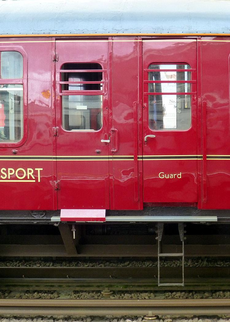 http://citytransport.info/Album/P1410937a.jpg