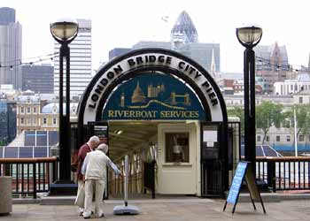 Riverbus pier entry.