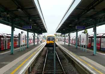 Great Western Central Line trains Greenford station.
