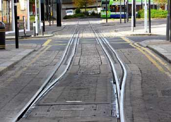 advance splitting / junction pre-selection track in Croydon.