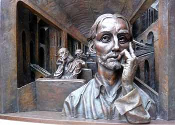 Meeting Place bronze sculpture Saint Pancras station.