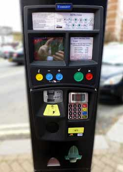 Pay and display machine which only accepts payment by credit / debit cards.