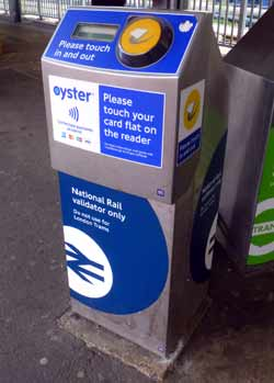 railway Oyster card reader Wimbledon .