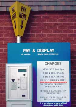 Pay and display machine which includes a special button for up to 3 hours free parking.