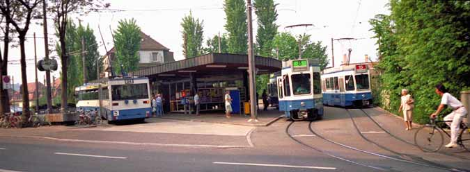 Zürich's 'Klusplatz' stop - an excellent example of a simple suburban transport 'nodal point'