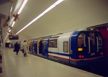 Class 482 Waterloo and City Line train at Bank.